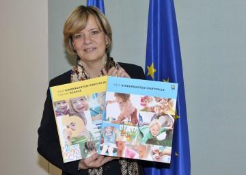 Auf Initiative von Landesrätin Mag. Barbara Schwarz setzt Niederösterreich als einziges Bundesland bereits seit 2012 Portfolio im Kindergarten flächendeckend um.