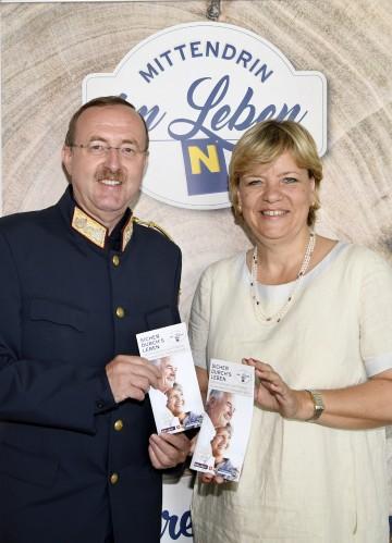 Landespolizeidirektor Dr. Franz Prucher und Landesrätin Mag. Barbara Schwarz.