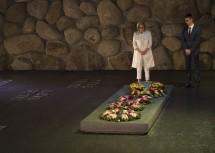 Kranzniederlegung an der Holocaust-Gedenkstätte Yad Vashem.