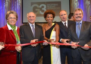 Eröffnung des G3 Shopping Resort in Gerasdorf: LR Dr. Petra Bohuslav, Landeshauptmann Dr. Erwin Pröll, Arabella Kiesbauer, Geschäftsführer DI Thomas Jakoubek, LR Mag. Karl Wilfing (v.l.n.r.)