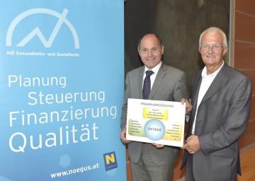 Landeshauptmann-Stellvertreter Mag. Wolfgang Sobotka und Allgemeinmediziner Dr. Johann Jäger stellten das neue Primärversorgungskonzept in Niederösterreich vor. (v.l.n.r.)